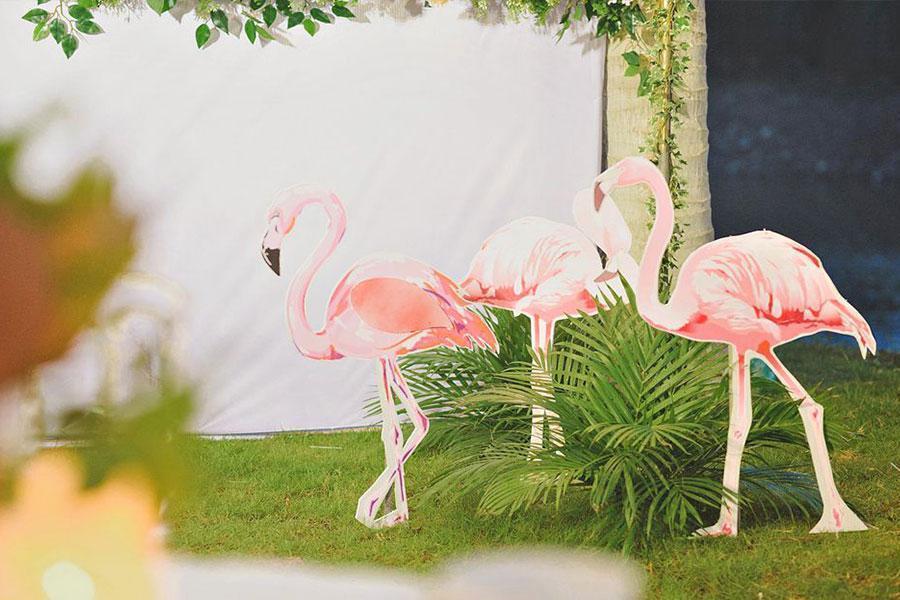 Trang trí tiệc cưới theo chủ đề Flamingo ấn tượng | Tổ chức tiệc lưu động Hai Thụy Catering